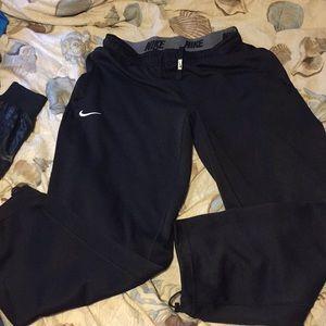 Nike jogging pants size medium Good condition